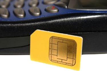 SIM fraud lands 14 in police net
