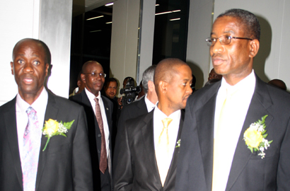 Minister Nonofo Molefhi tours the new Mascom centre