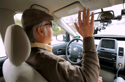 Blind man goes driving in Google self-driving car