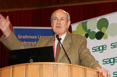 Dr MacFie, addresses some 300 Strathmore students on the importance of embracing new technology