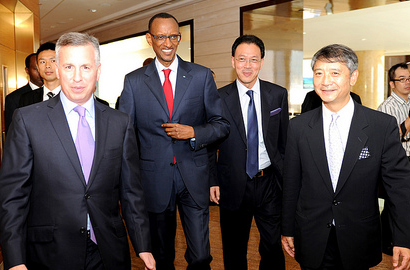 Kagame addresses Young Presidents Association