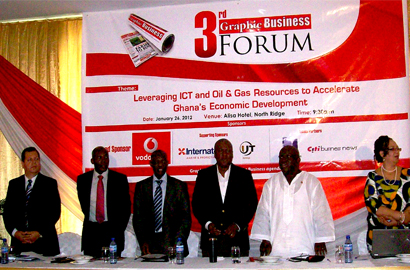 Ghana vice president John Dramani Mahama (centre) at the Graphics Business Forum