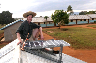 US students take power to Tanzanian villages
