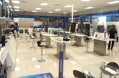 Samsung opens new brand store in Gaborone