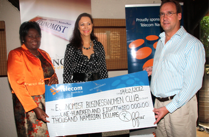 Businesswoman Nangula Uaandja, Businesswomen's Club chair Desere Lundon-Muller and Telecom Namibia CFO Robert Offner