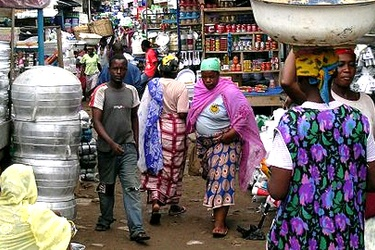 Ghana market women get ICT training