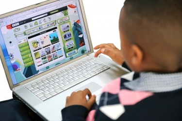 Burkina Faso urges greater protection of children online