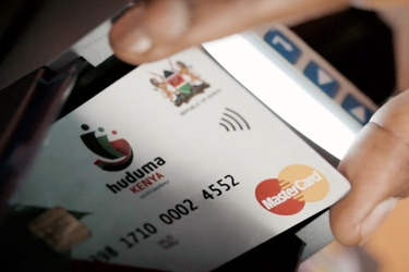 Kenyan President gives vote of confidence in Huduma Card