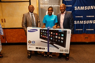 Sixty students graduate from Samsung Engineering Academy