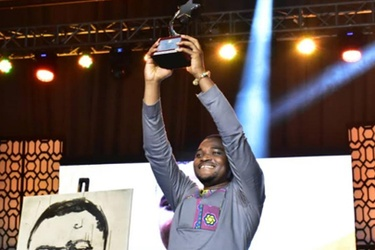 Young science set inventor wins MTN Heroes of Change Season 5