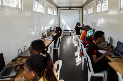 Arrow Electronics and Close the Gap Go on a Digital Training Tour through Kenya