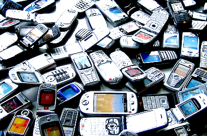 Zambian consumers warned over unlicensed smartphone importers